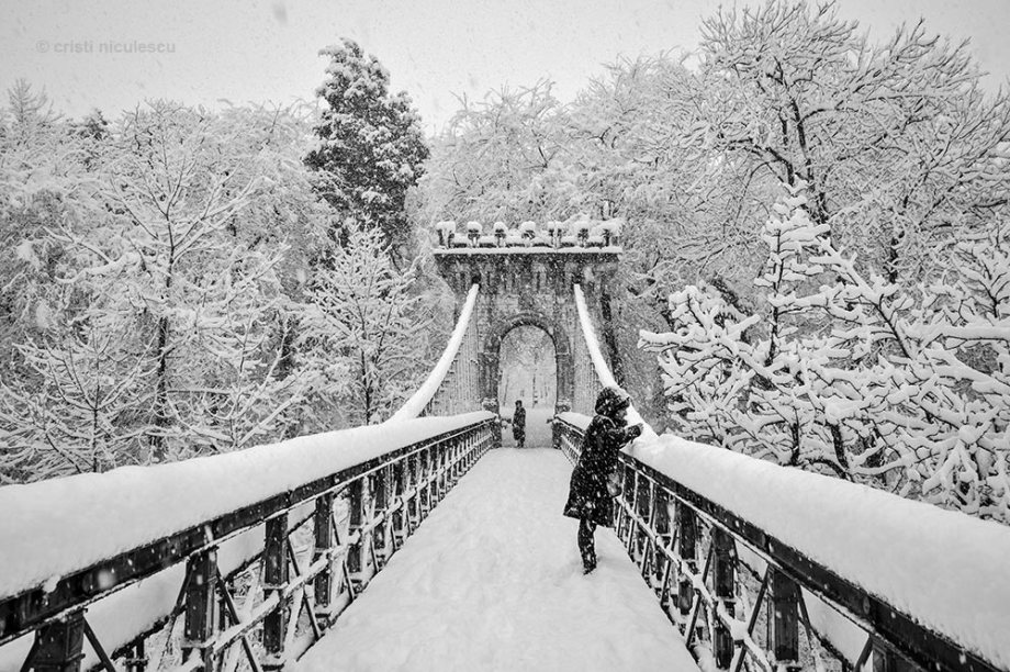 snowy-bridge